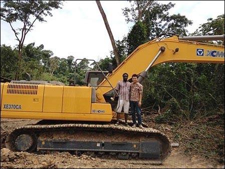 亿博网址开户XE370CA型履带式挖掘机